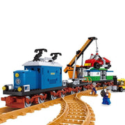 Freight Train with Crane 724pcs