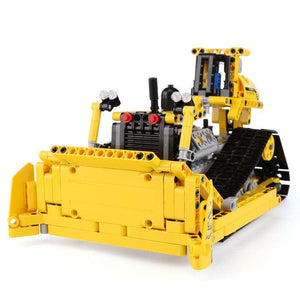 Remote Controlled Bulldozer 577pcs