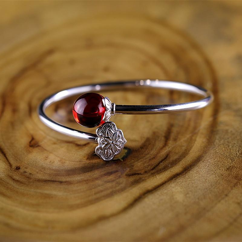 Sweet Lover Silver Bangle