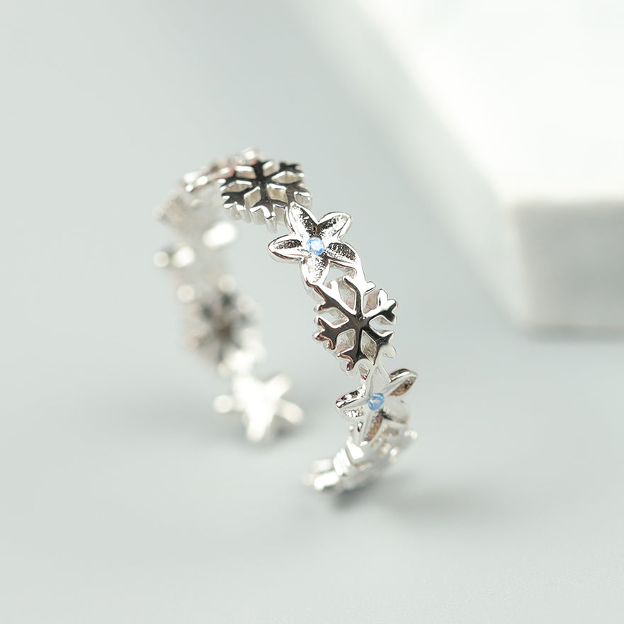 Silver Winter Snowflake Zircon Open Ring