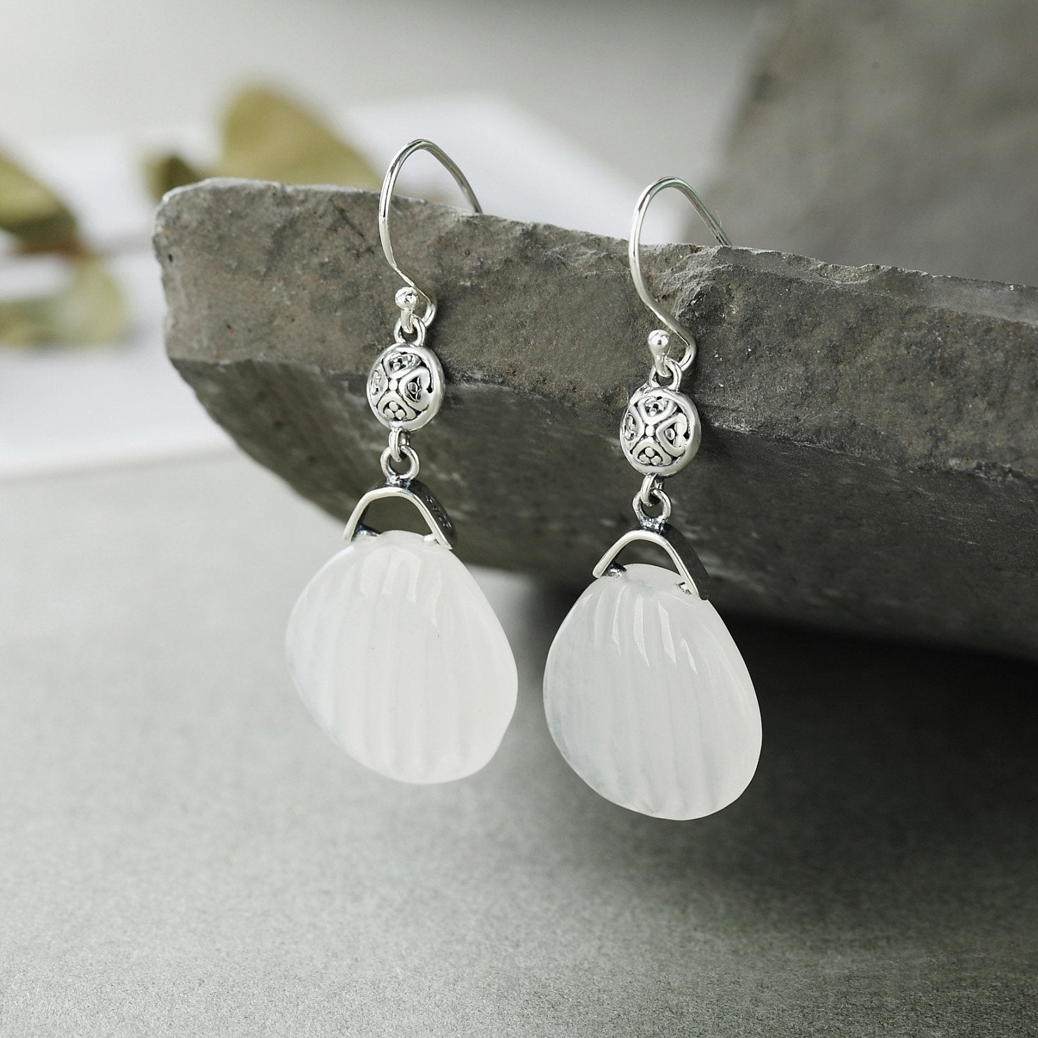 Vintage Quartzite Engraved Drop Earrings
