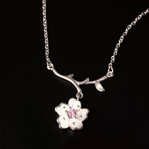 Silver Favorite Flower Necklace
