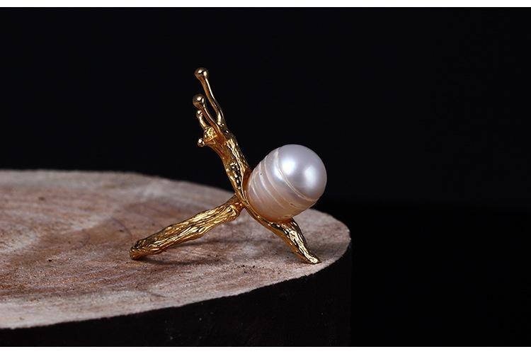 Charming Snail Open Pearl Ring