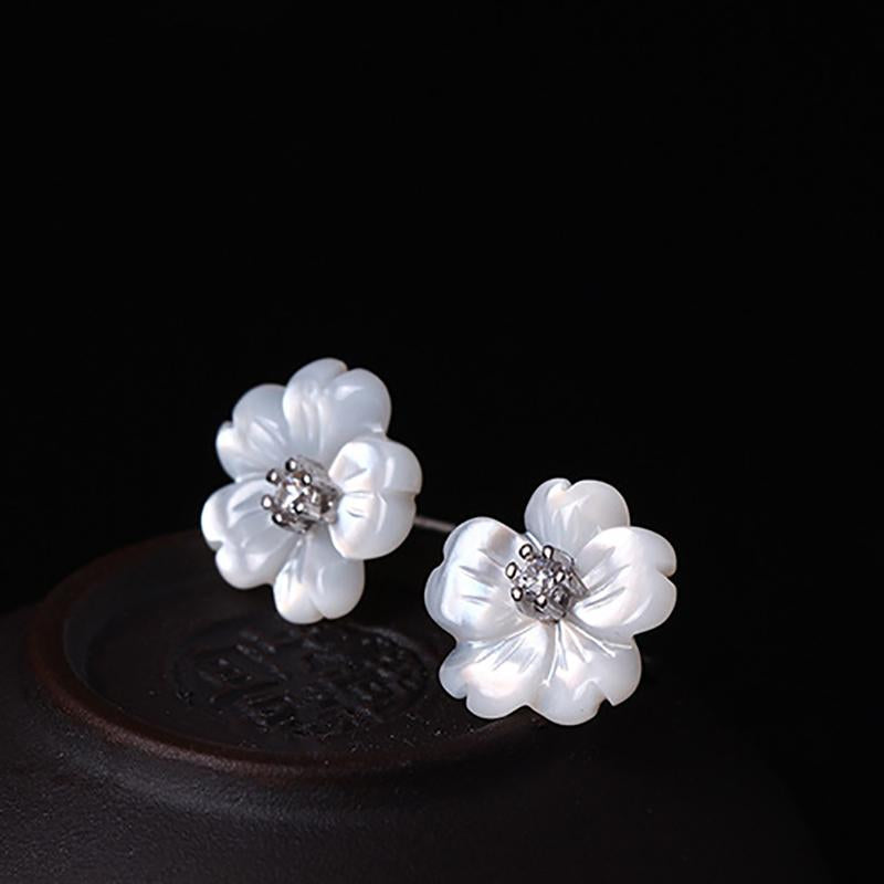 Natural Stone Shell Flower Earrings