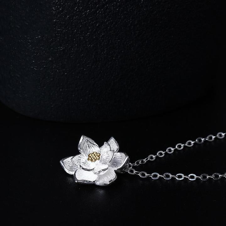 Vintage Lotus Flowers Necklace