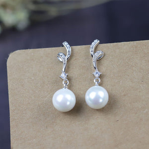Modern Look Pearl Earrings