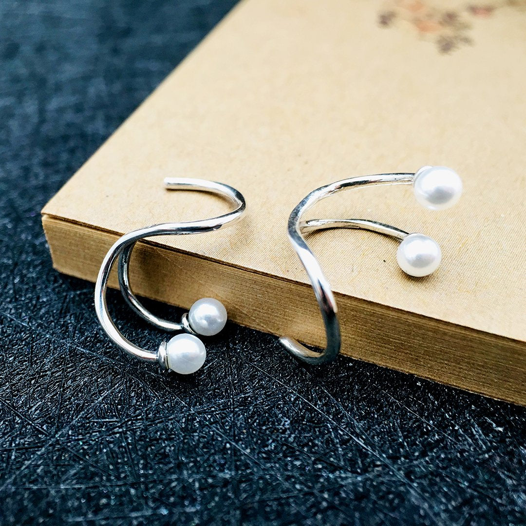 Special Geometric Pearl Earrings