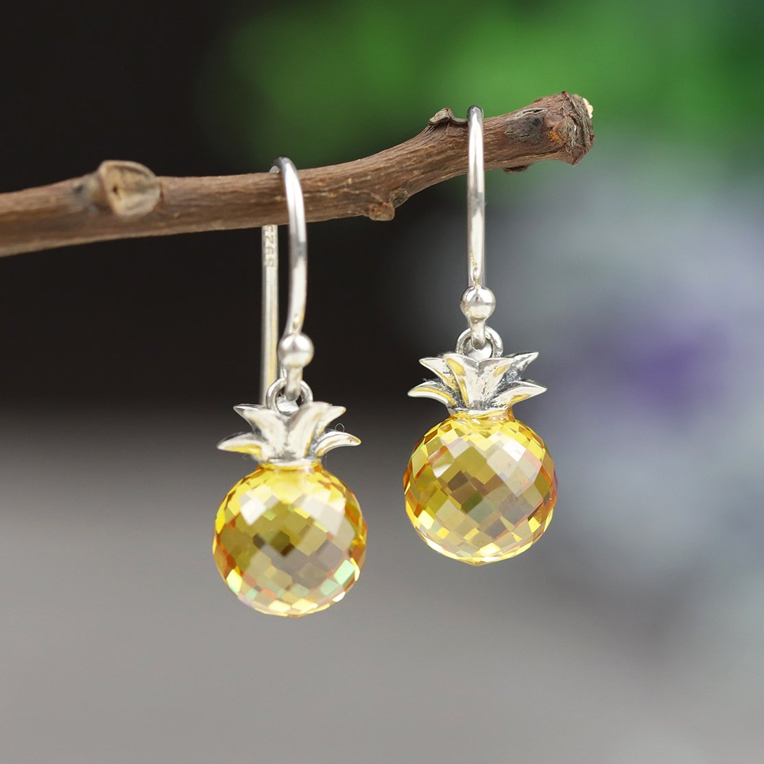 Stunning Pineapple Drop Earrings