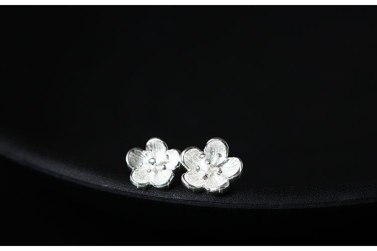 Plum Flower Stud Earrings