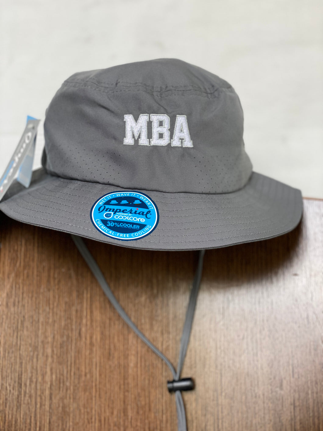 Imperial Geysir Gray Bucket hat with silver MBA