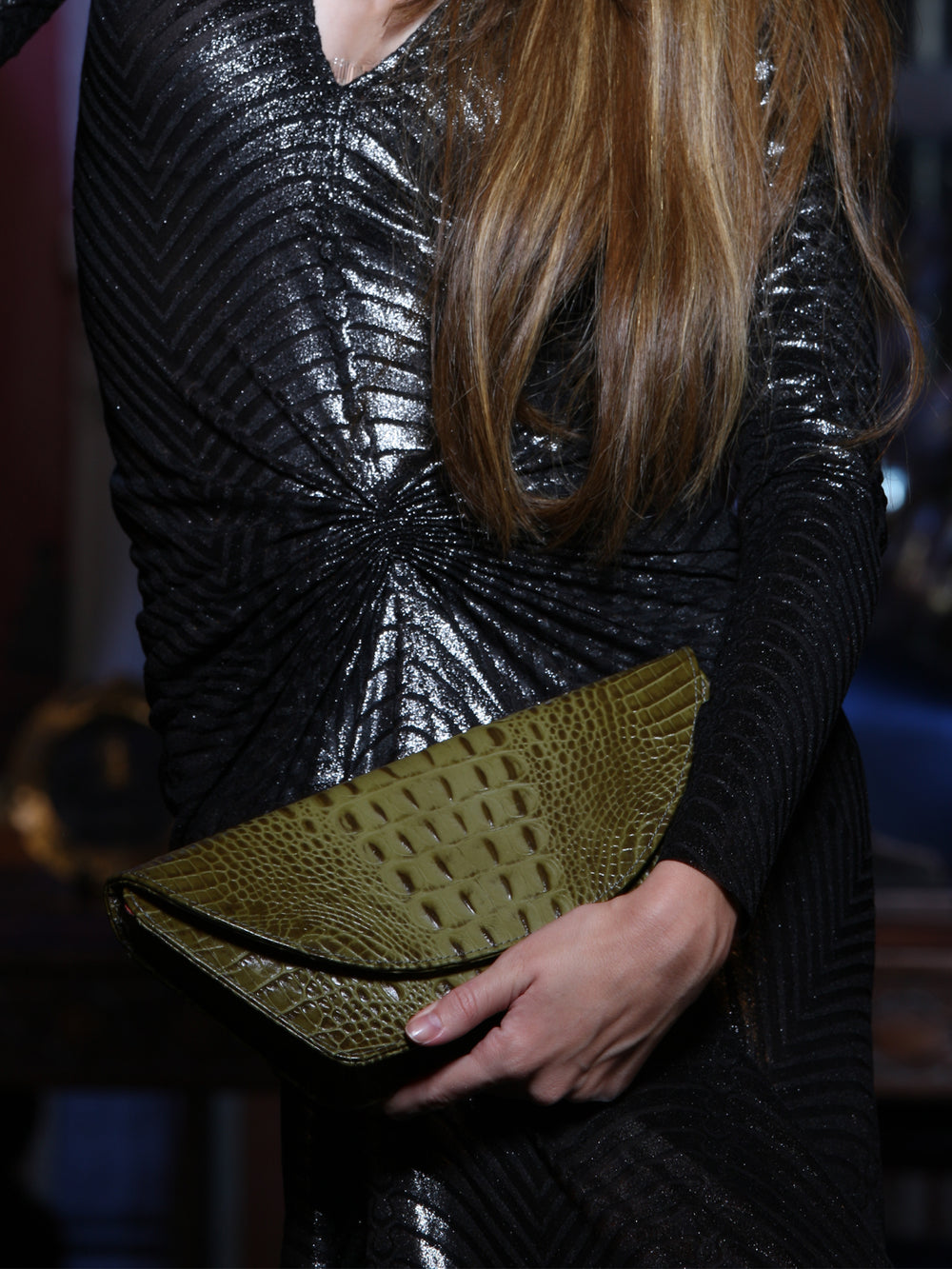 Euphoria In Leaf Clutch, FENA - elilhaam.com