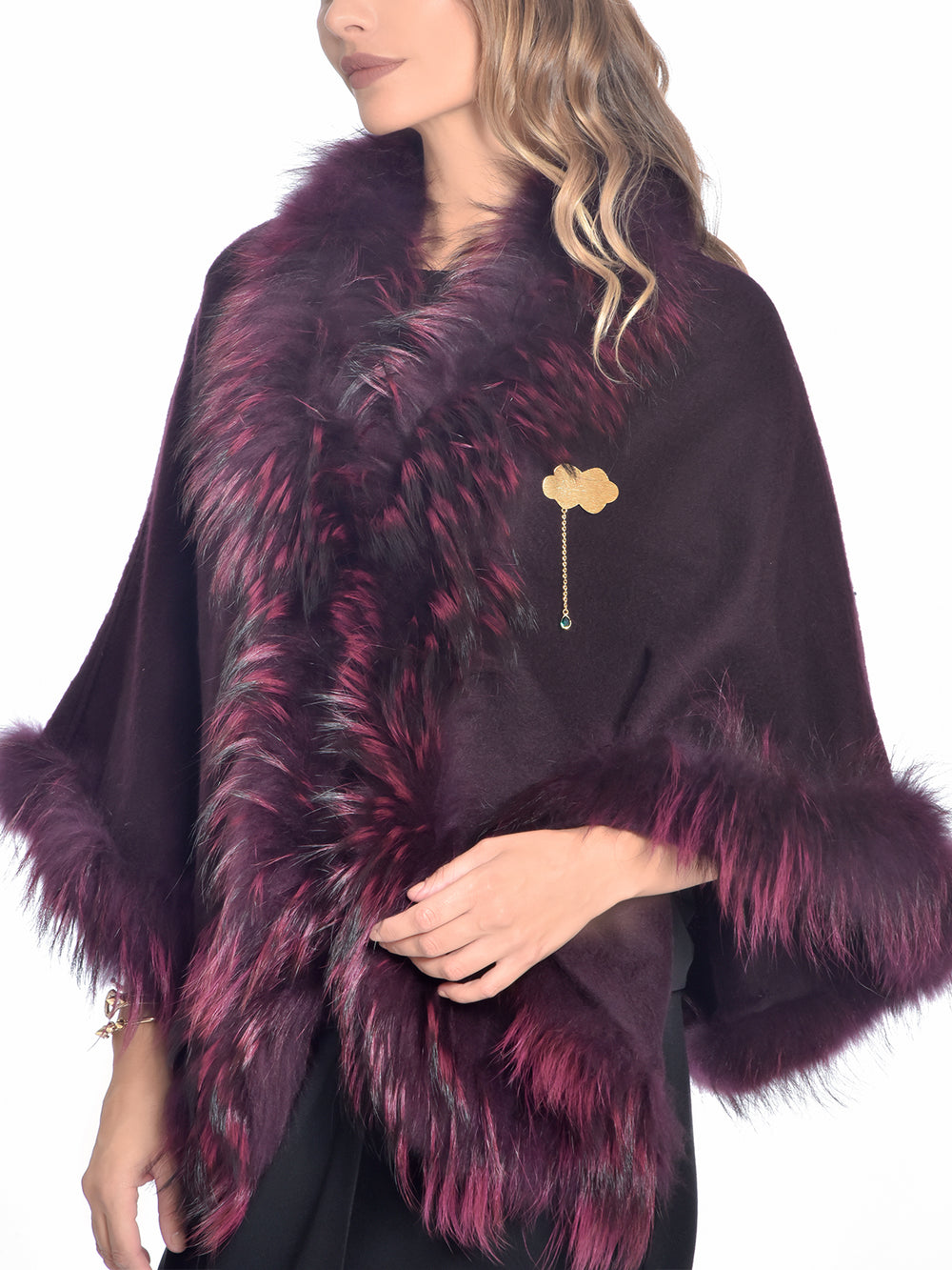 Plum Raccoon Fur Cape, CHIZELLE - elilhaam.com