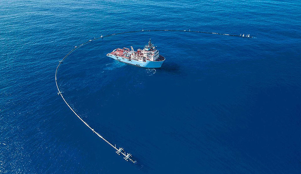 Ocean Cleanup Is Now Removing Plastic Pollution From The Great Pacific Garbage Patch
