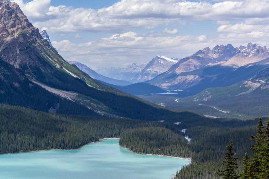 10 Of The Most Breathtaking Lakes In Alberta