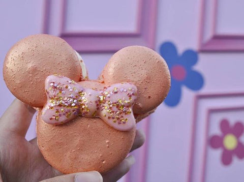 Rose Gold Minnie Macarons made with safe edible glitter Bakery Bling Rose Gold Edible Bling Glitters