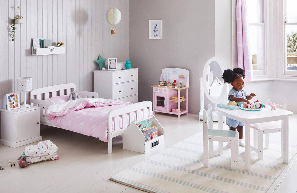 Grey and pink toddler bedroom