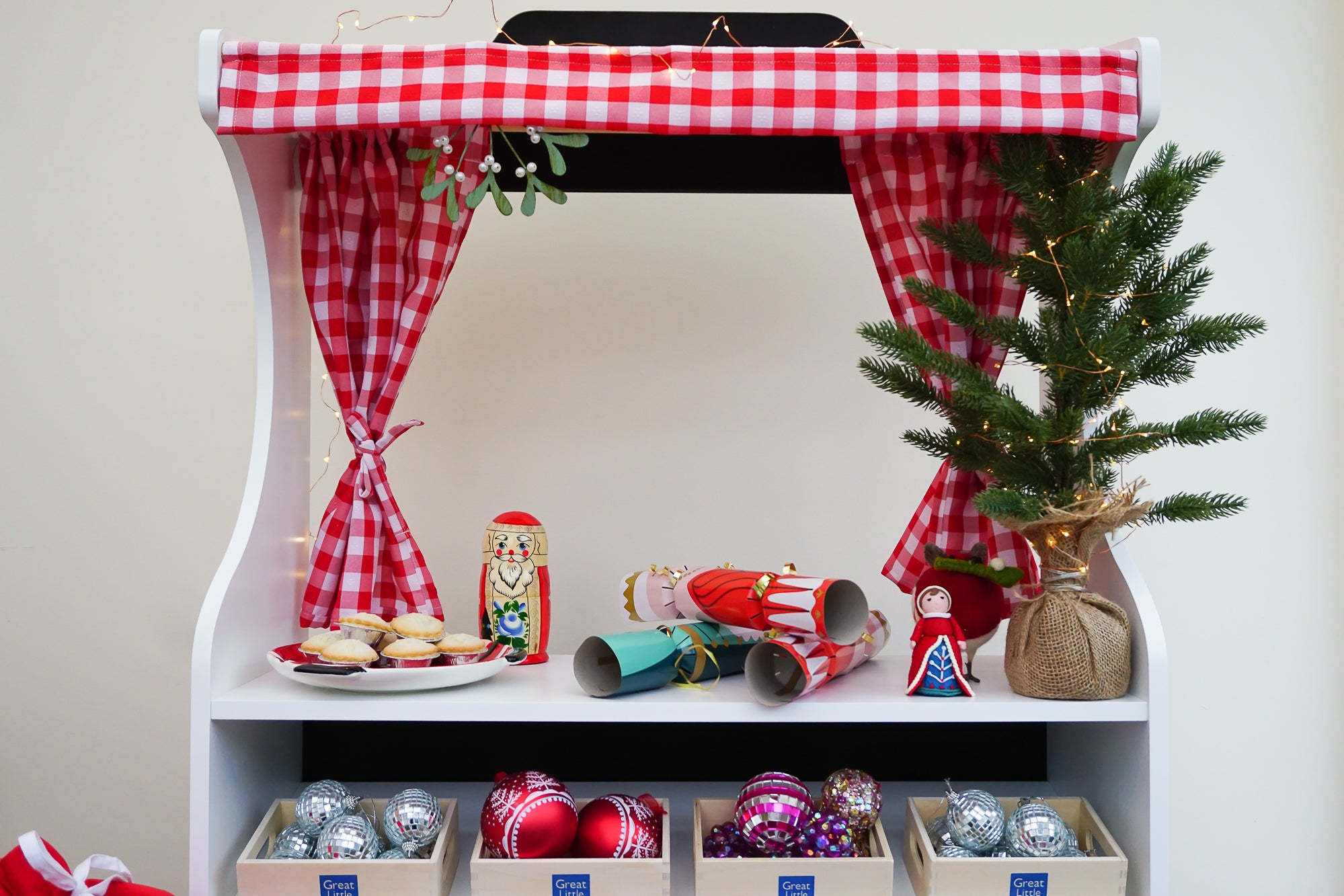 Classic Toys: The Sixpence Play Shop Gets A Christmas Makeover