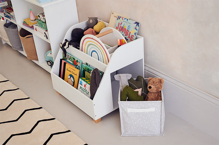 Low level children's toy and book storage