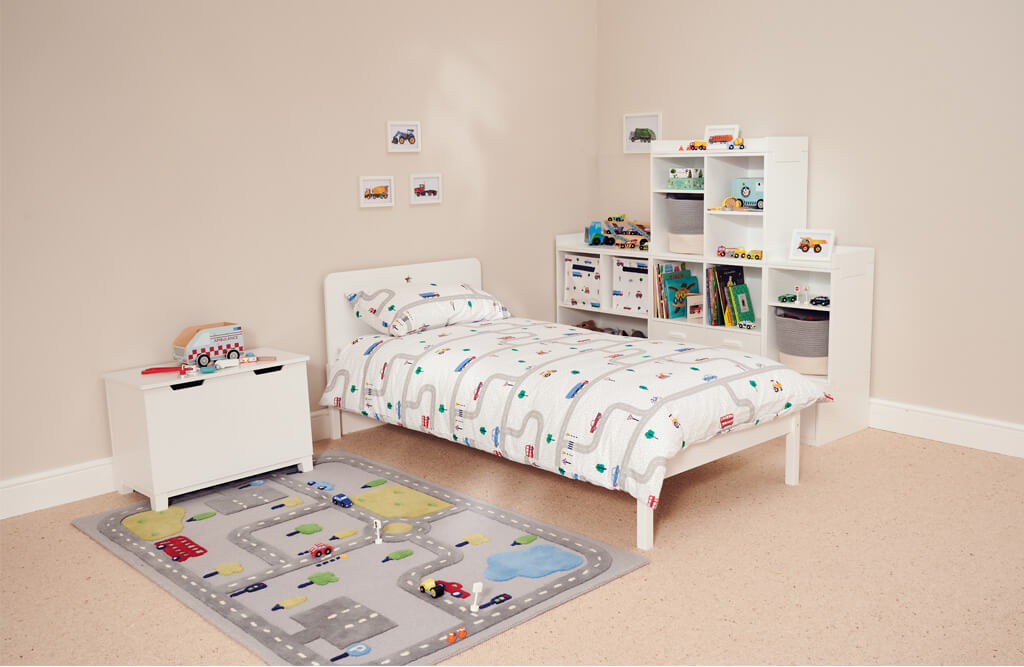 slide and store toy box in car themed bedroom
