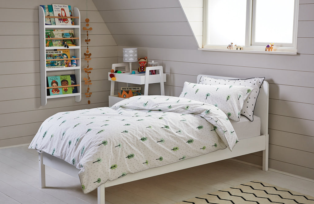 Woodland bedding in a single bedroom
