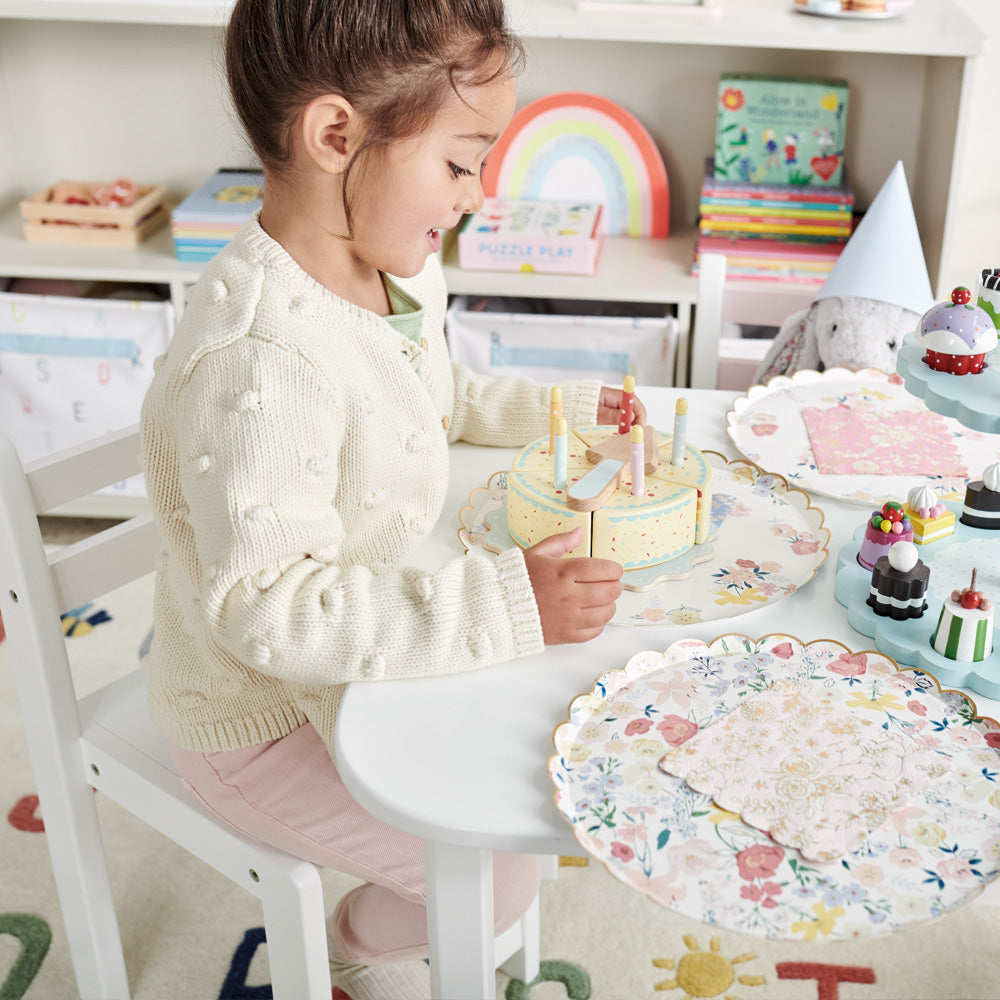 Pied Piper Toddler Chair Measurements.