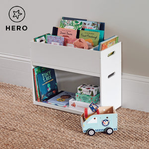 Rackham storage set 3 in white with a book shelf and tray.