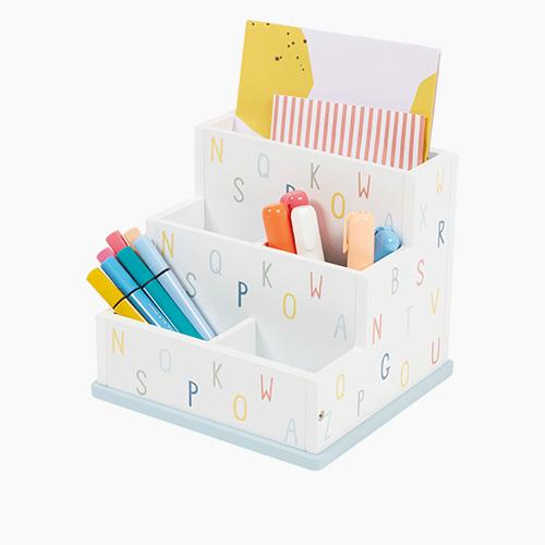Desk Tidy, Alphabet