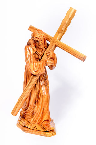 Hand carved olive wood Jesus Carrying the Cross large Statue from The Bethlehem Nativity Group (TBNG) / www.tbng.co.uk