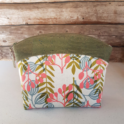 Makeup Bag Dark Green Cork