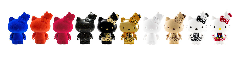 Hello Kitty Go Around in Singapore Collectible Figurine - Media/Contest Edition