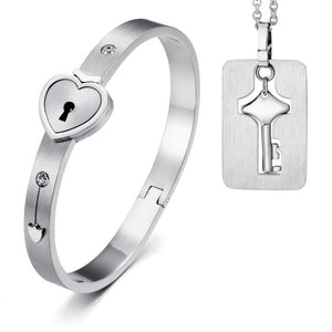 Lovers Heart Lock Bracelet w/Key Tag
