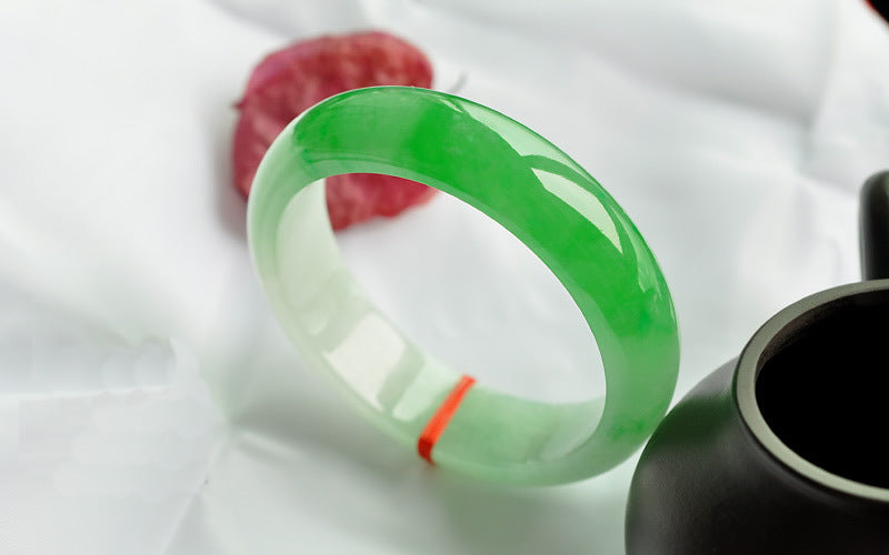 Authentic Natural Green Jade Bangle - Canitrini