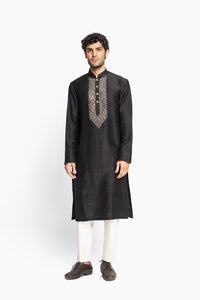 Knot Embroidery Kurta Set