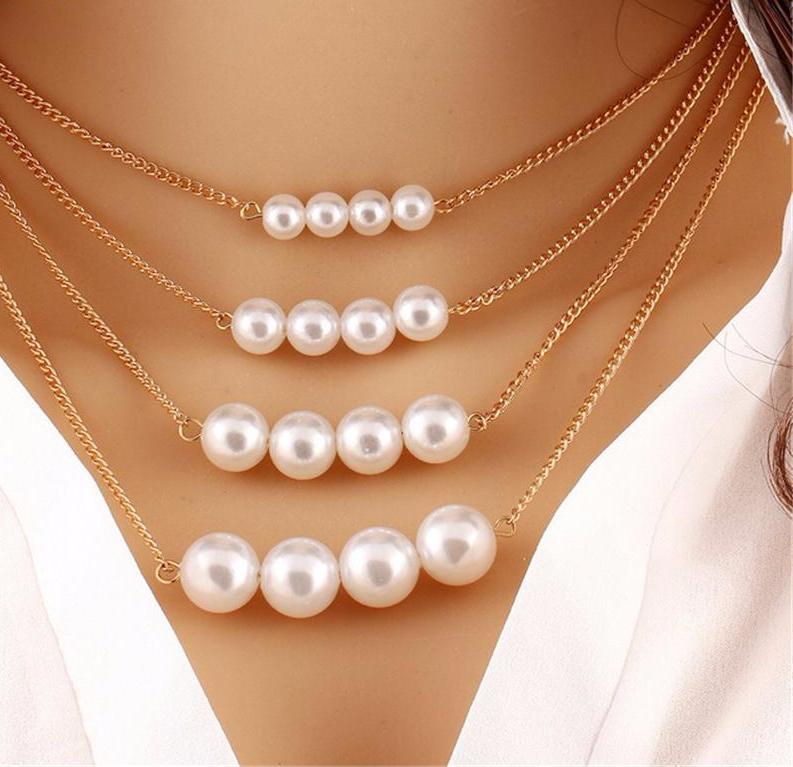 Multilayered Simulated Pearl Necklace