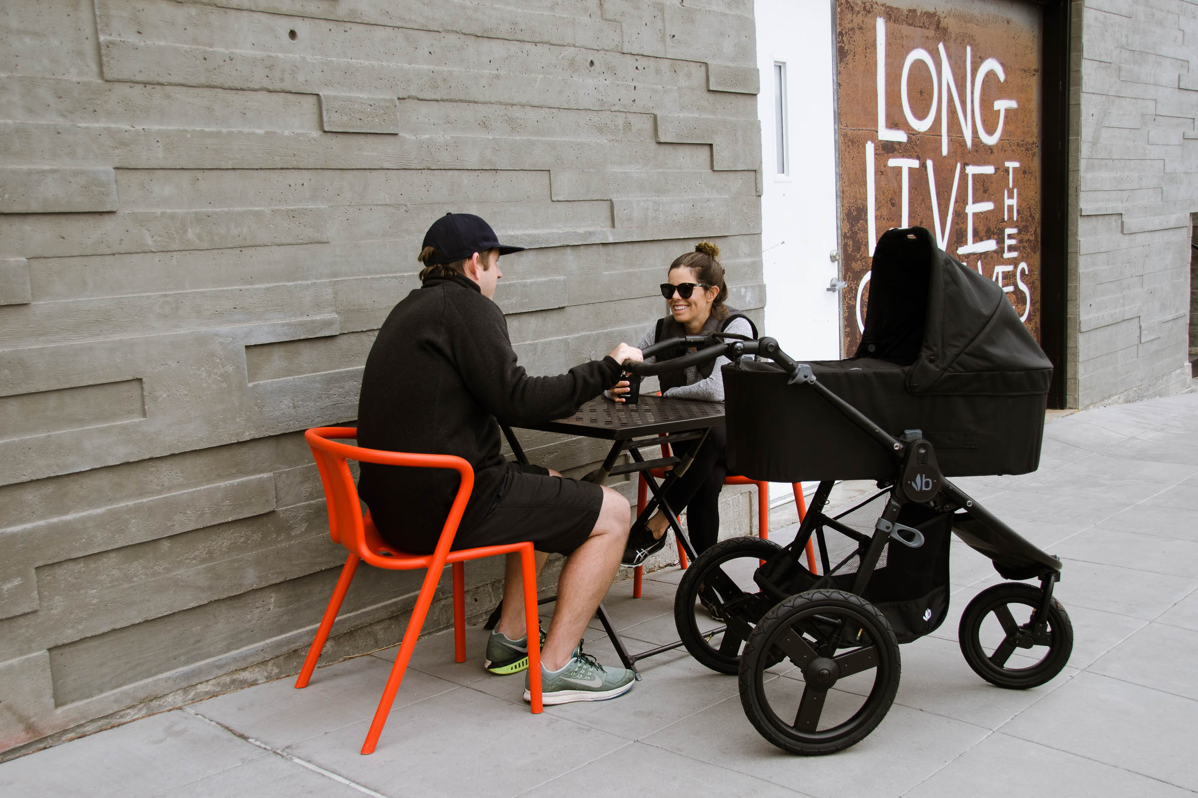 2018 Bumbleride Speed with Bassinet Matte Black in City - At Table