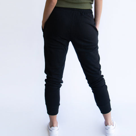 womens-fkn-gym-wear-track-pant-close