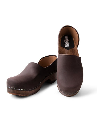 Brett Low - Dark Brown with Dark base Swedish closed back clog