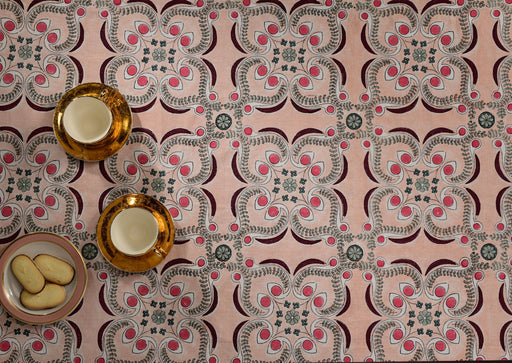 Berry Chloe Tablecloth