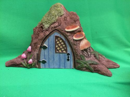 Opening ceramic fairy house tree shaped