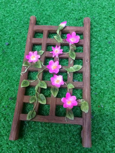 Climbing flowers for fairy garden