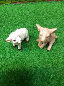 Miniature lamb and pig set