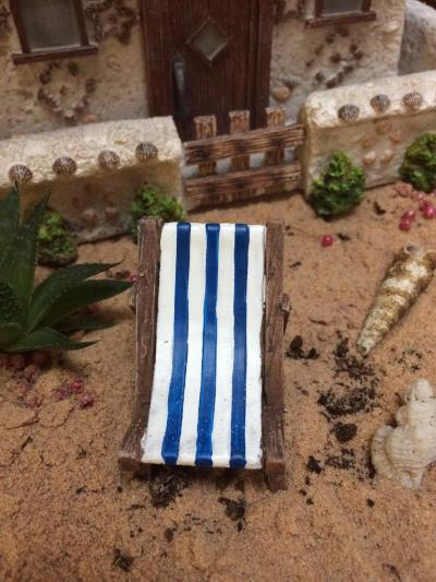 Miniature deck chair scenic
