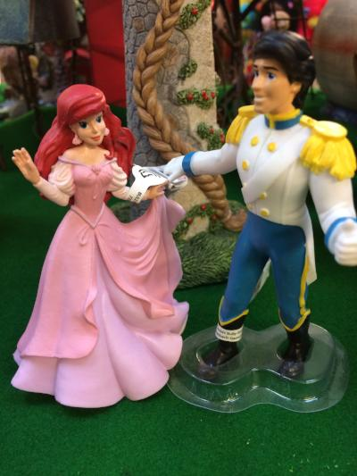 Ariel and Prince Eric figures