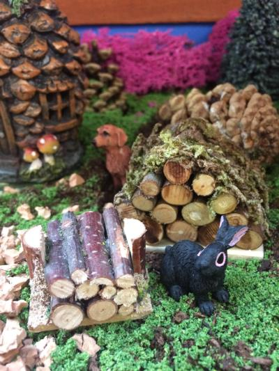 Log nature pack miniatures