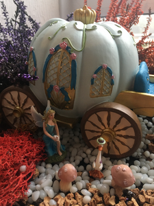 blue pumpkin carriage