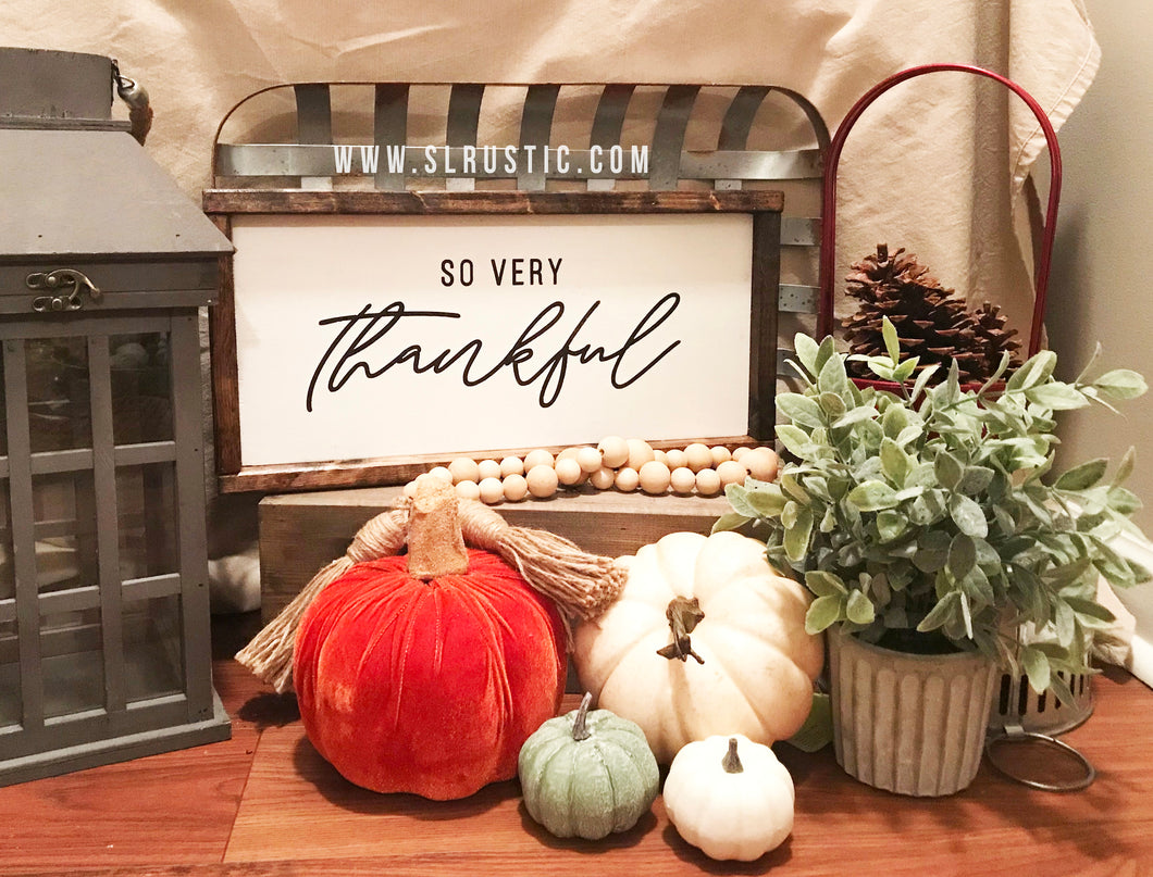 Thankful wood sign - Fall