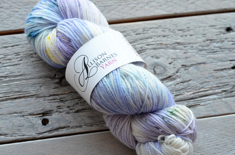 skein of hand dyed yarn