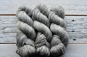 Skipping Stones on BFL Worsted