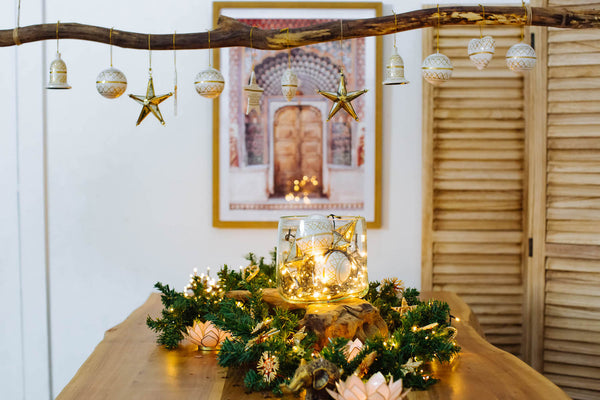 5 Creative Christmas Decoration Ideas - Ornaments and baubles