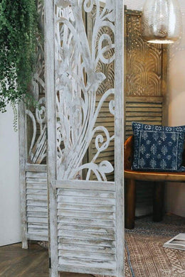 Antique Chinoise Vine Screen